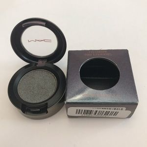 MAC Mirage Noir Eye Shadow Sun, Tan and Repeat